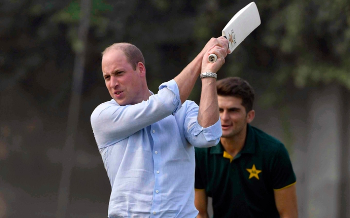 lahore, pakistan, prince william, duke of cambridge, royal family, cricket, nike sneakers