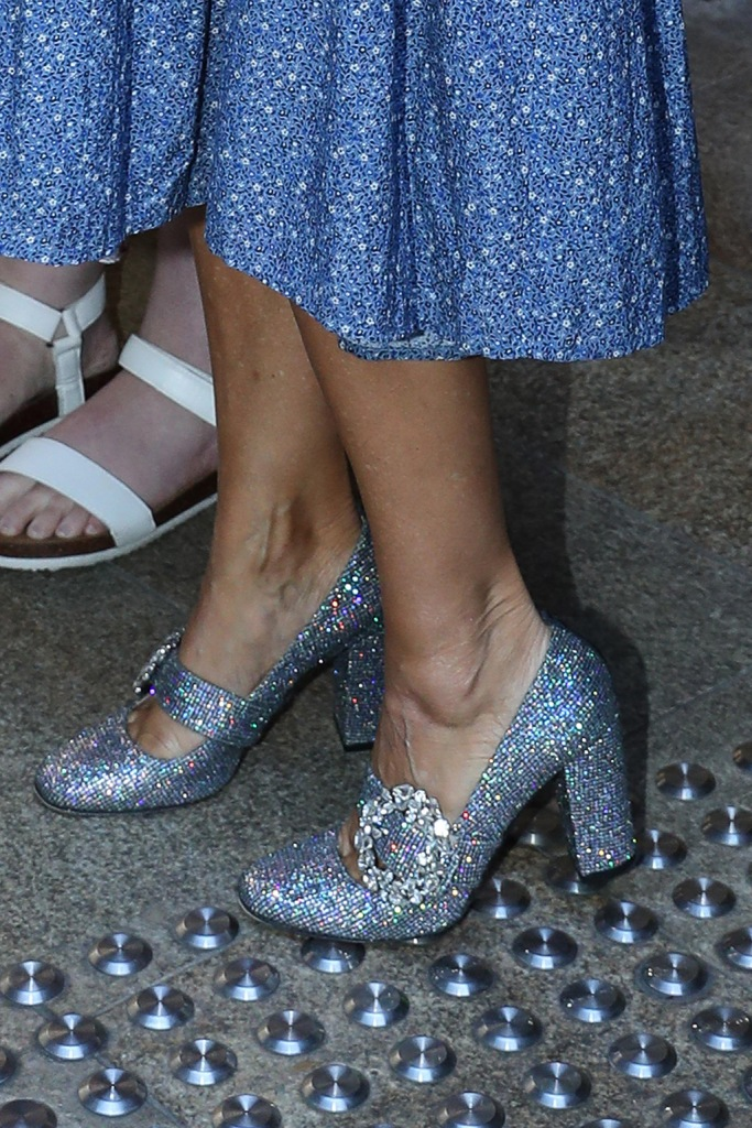 Sarah Jessica Parker, silver pumps, mary janes, crystal buckle, iridescent shoes, pictured on arrival at David Jones store in Sydney for her shoe launch.Pictured: Sarah Jessica ParkerRef: SPL5123396 201019 NON-EXCLUSIVEPicture by: KHAPGG / SplashNews.comSplash News and PicturesLos Angeles: 310-821-2666New York: 212-619-2666London: +44 (0)20 7644 7656Berlin: +49 175 3764 166photodesk@splashnews.comWorld Rights, No Australia Rights, No Austria Rights, No Germany Rights, No New Zealand Rights, No Switzerland Rights