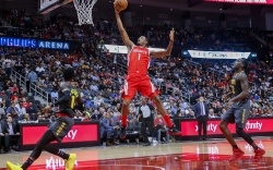 Trevor ArizaHouston Rockets at Atlanta Hawks,