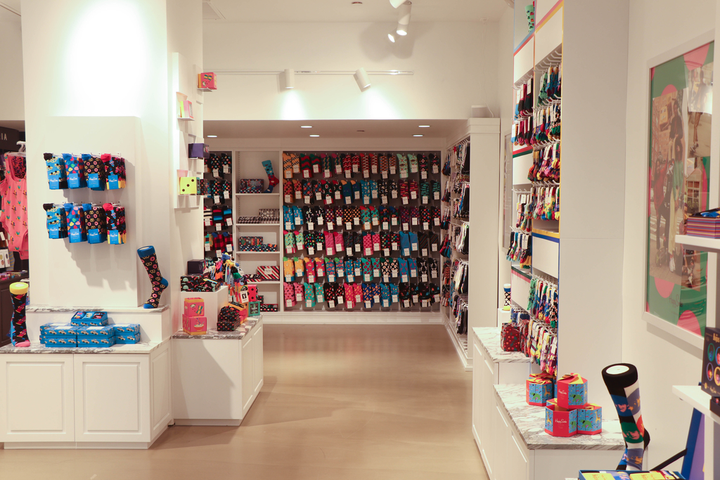 happy socks store, nyc, herald square, happy socks