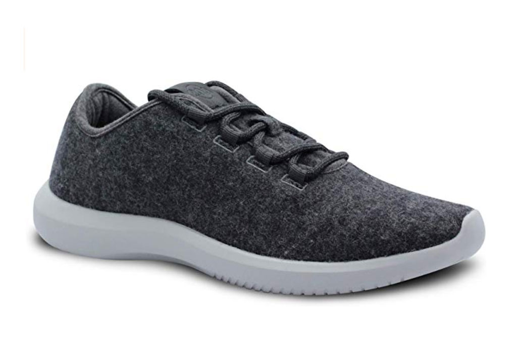 Amazon 206 Collective Men's Galen Wool Blend sneakers.