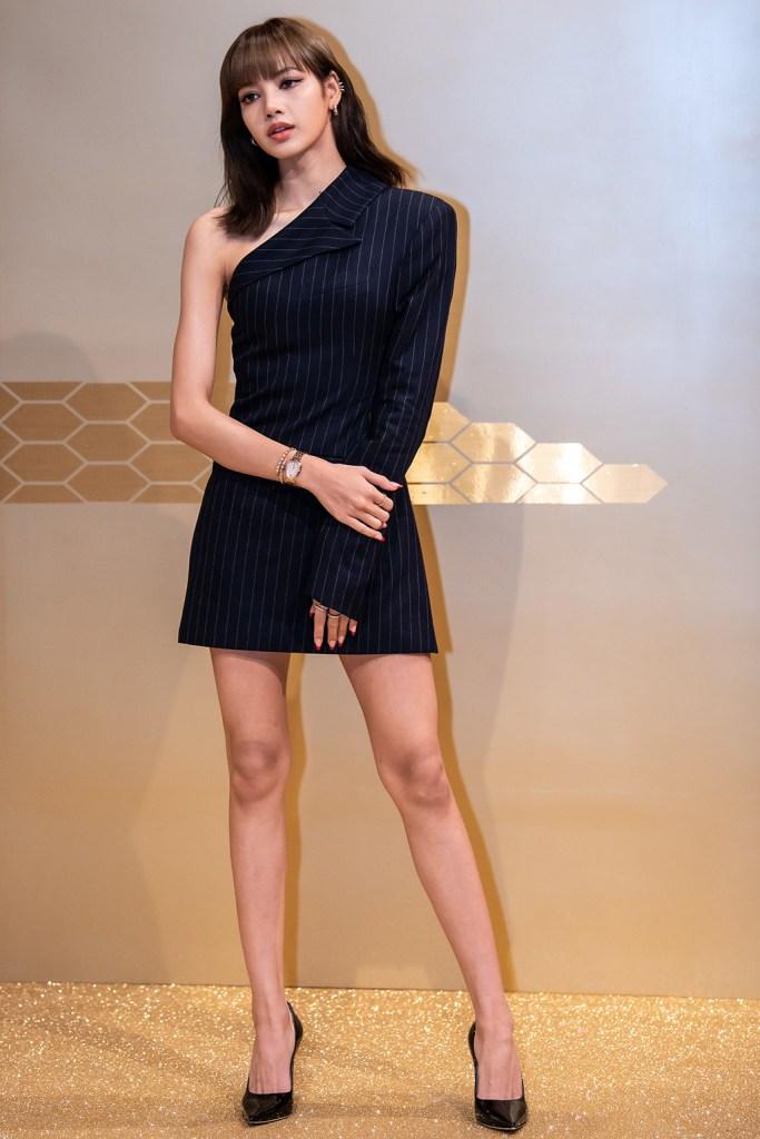 Lalisa Manoban, lisa, blackpink, minidress, one-shouldered dress, pointed-toe pumps, classic black pumps, stilettos, legs, BVLGARI's Serpenti Seduttori photocall, Seoul, South Korea - 29 Oct 2019