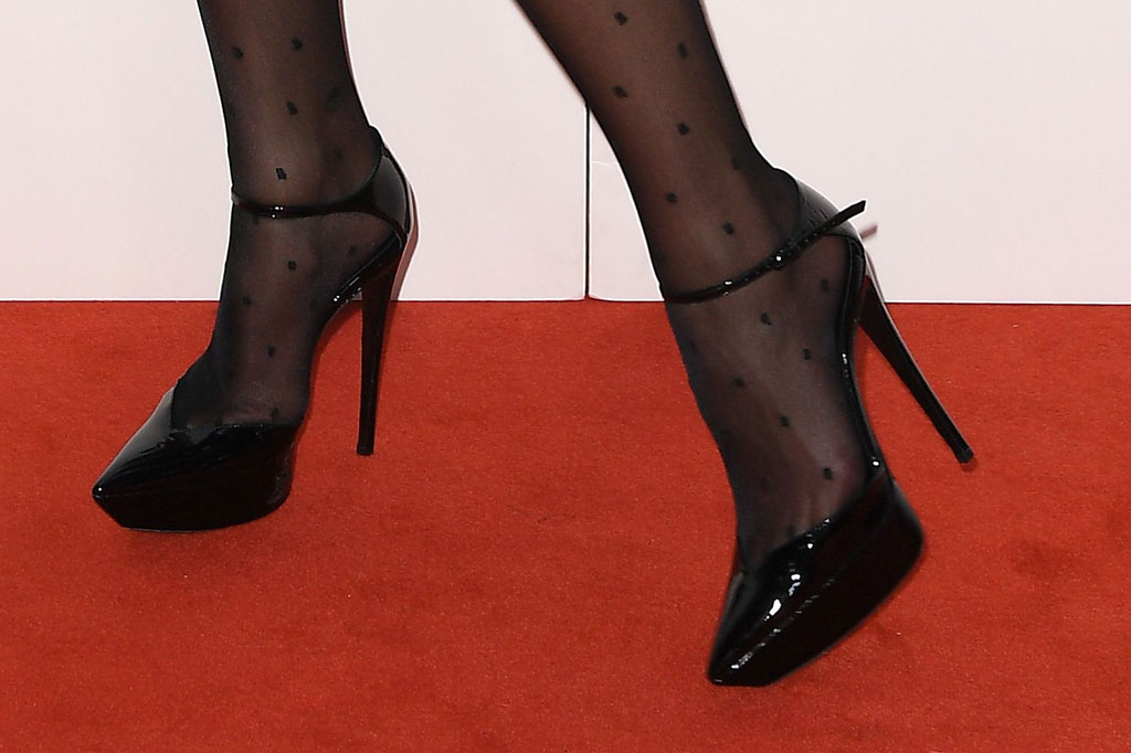 dua lipa, red carpet, aria awards, celebrity style, tights, black platform pumps, saint laurent shoes, ysl