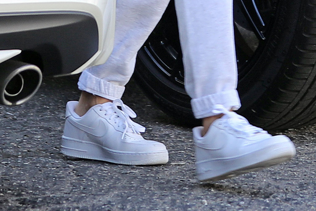 Hailey Baldwin, Nike Air Force 1, white sneakers, celebrity style, los angeles, street style