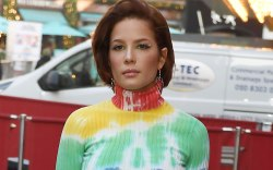 Halsey arriving at Capital Breakfast, Global