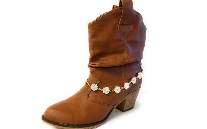 high heel chain boot bracelet