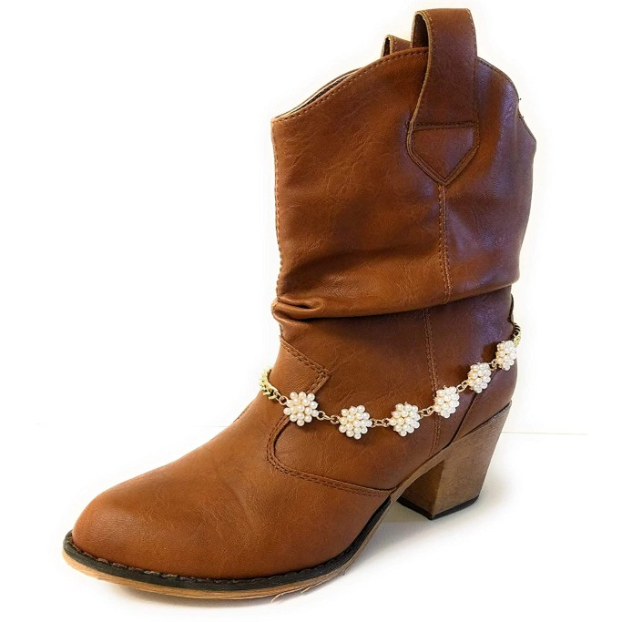 Boot Jewelry Shop Pearl Chain
