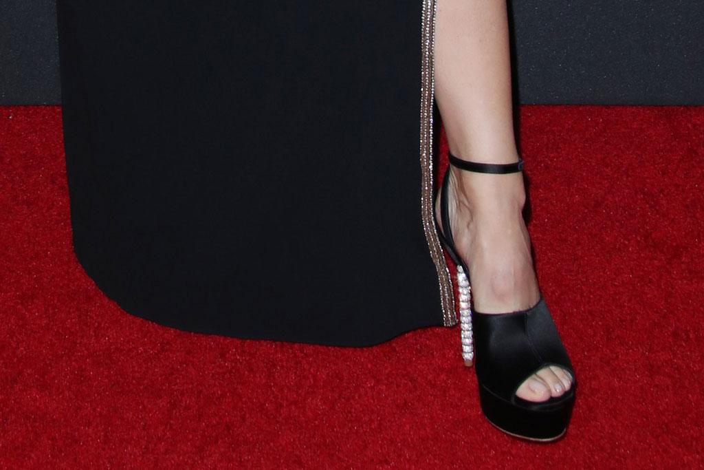 Jennifer Garner, sandals, toes, sophia webster, platform sandals, pedicure, red carpet, hollywood film awards