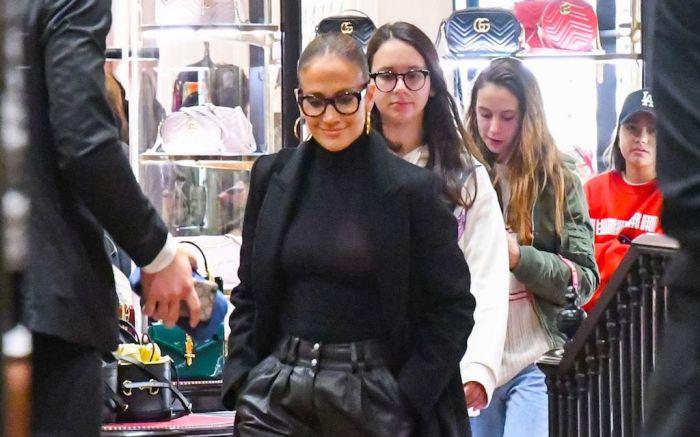 Jennifer LopezJennifer Lopez and Alex Rodriguez out and about, Los Angeles, USA - 29 Nov 2019