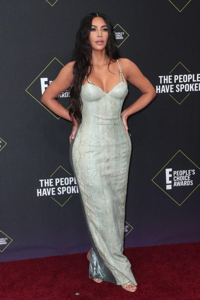 peoples choice awards, kardashians, kim kardashian