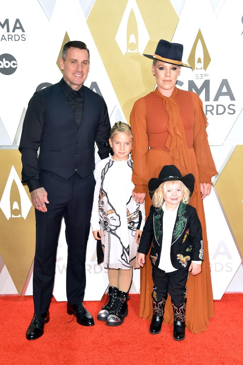 pink, family, son, cma awards, cowboy boots