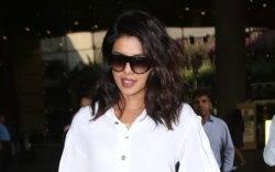 Priyanka Chopra, celebrity style, mumbai, airport,