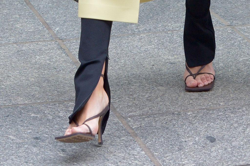 Rosie Huntington-Whiteley, sandals, bottega veneta, street style, new york city, pedicure, square toes,