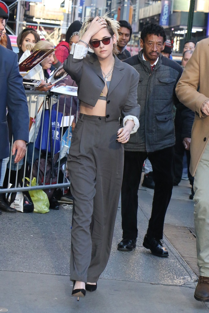 Kristen Stewart, gray pantsuit, cropped jacket, baggy pants, stilettos, classic black pumps, bra, abs, 'Good Morning America' TV show, New York, USA - 06 Nov 2019