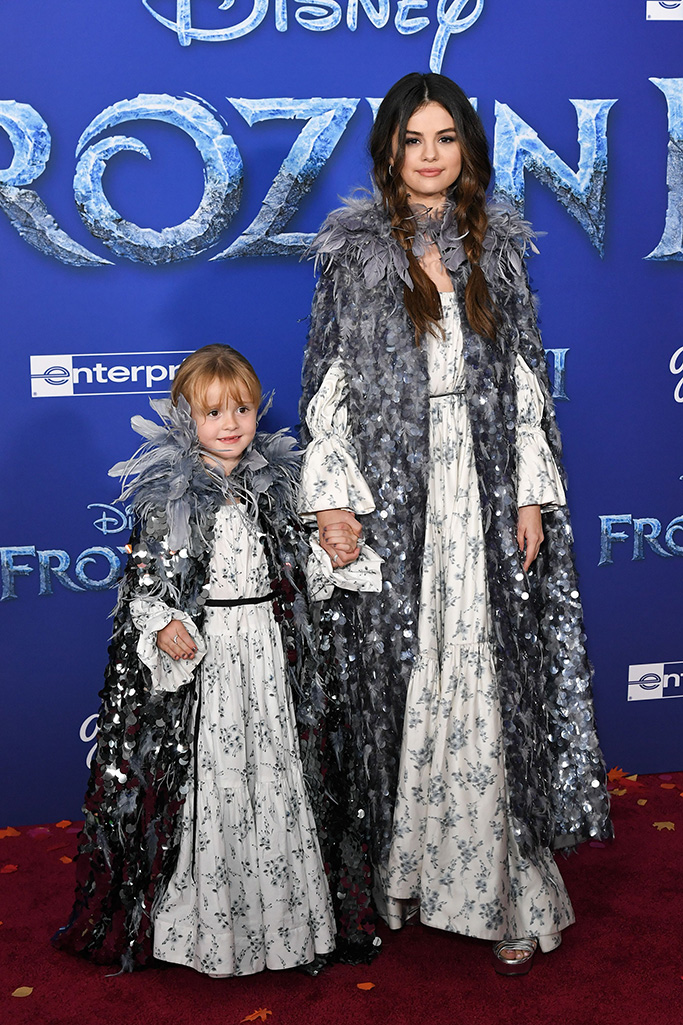 Selena Gomez and sister Gracie'Frozen II' film premiere, Arrivals, Dolby Theatre, Los Angeles, USA - 07 Nov 2019