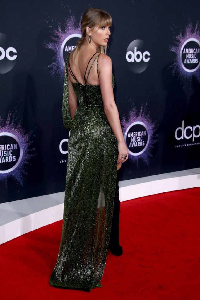 Taylor Swift, Sparkly Dress, Green, American Music Awards, AMAs, Celebrity Style