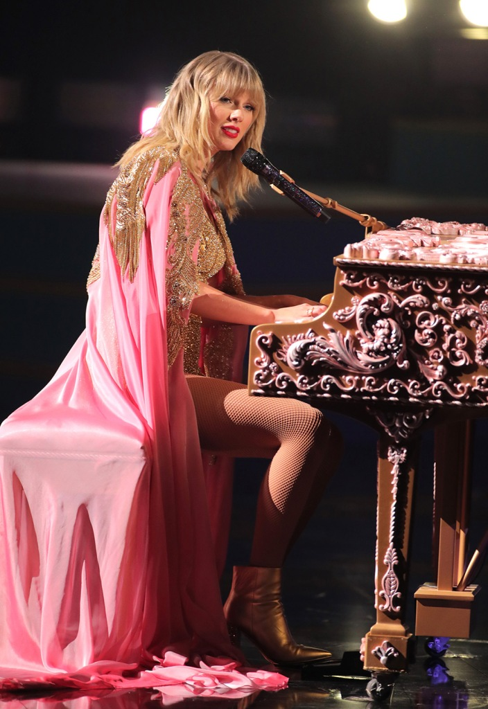 Taylor Swift, amas, performance, pink cape, gold boots, marc fisher ltd, celebrity style, 47th Annual American Music Awards, Show, Microsoft Theater, Los Angeles, USA - 24 Nov 2019