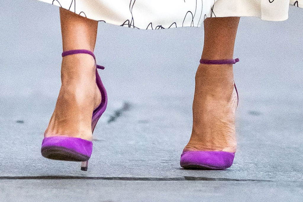 Victoria Beckham, purple pumps, stilettos, shoe style, spring 2020
