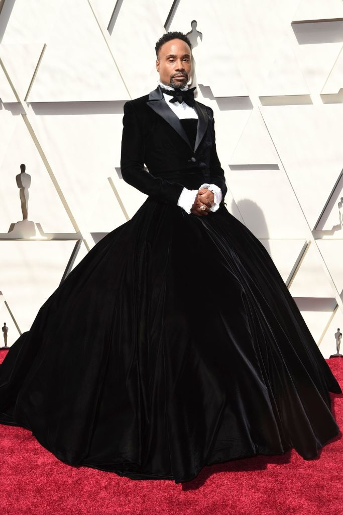 billy, porter, oscars, 2019, red, carpet, christian, siriano, tuxedo, dress