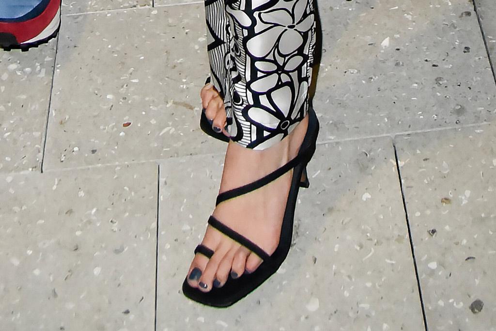 Bella Hadid, dior men outfit, neous sandals, pedicure, toes, black shoes, miami, florida, december 2019