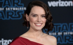Daisy Ridley'Star Wars: The Rise of