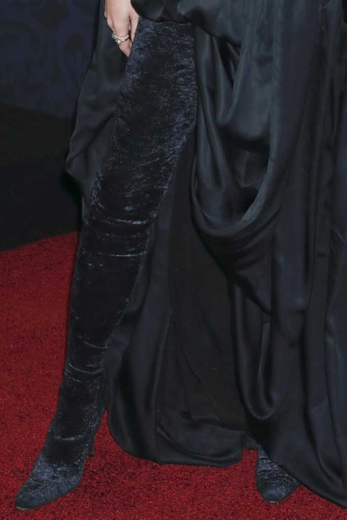 Emma watson, black boots, velvet boots, balencaiga outfit, red carpet, little women, premiere