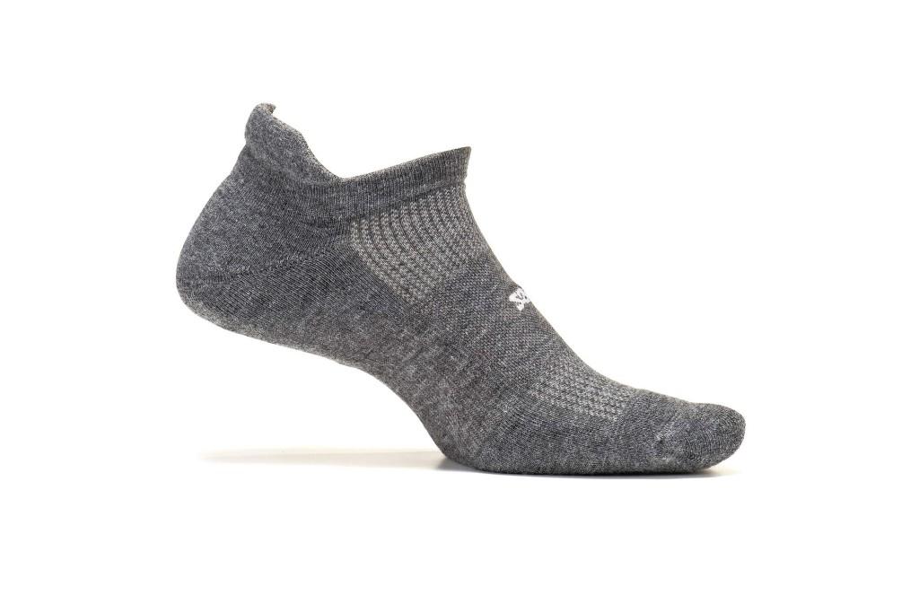 feetures Athletic Running Socks