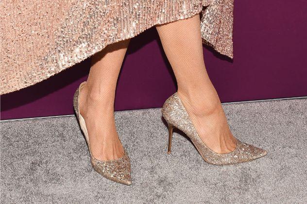 Paris Hilton, gold pumps, celebrity style, shoes, fnaa, celebrity style, 2019 Fn achievement awards