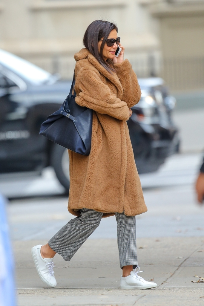 katie holmes, nyc, new york, white sneakers, teddy coat, plaid pants