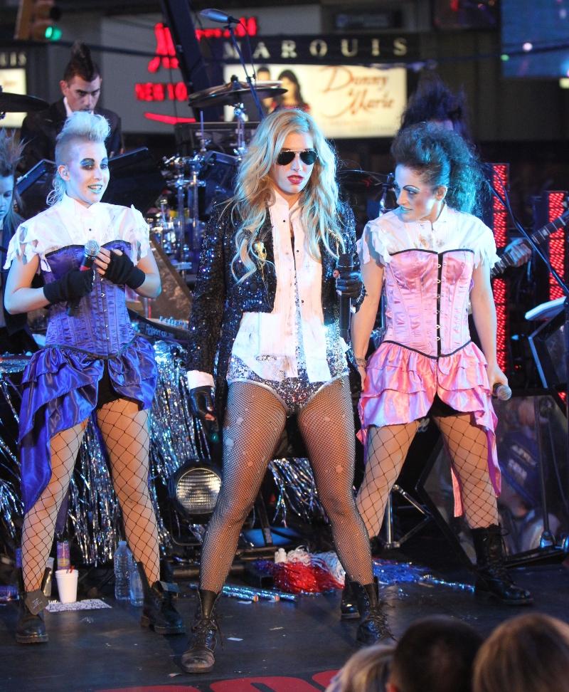 times square, new york, new year's eve, kesha, ke$ha