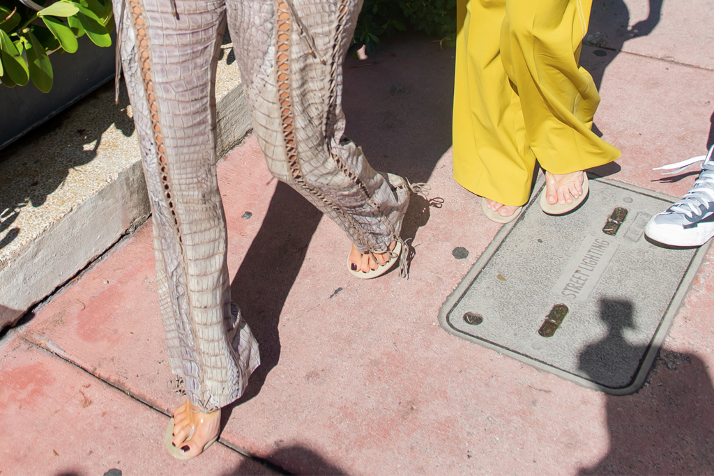 kim kardashian, kourtney kardashian, miami, thong sandals, clear sandals, matching
