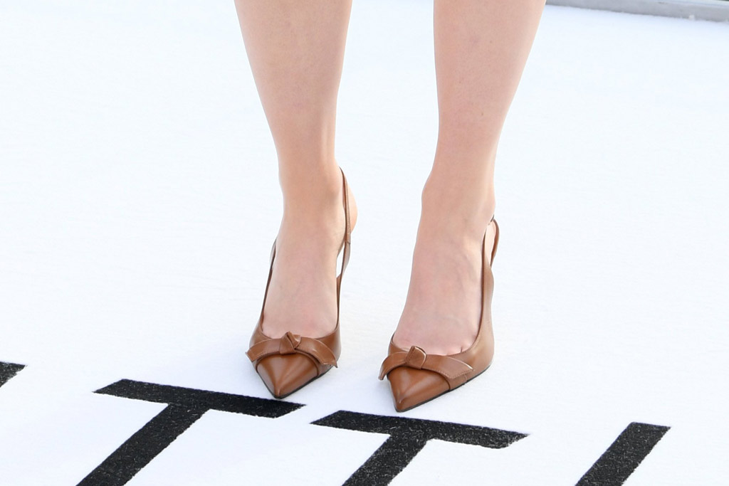 Saoirse Ronan, celebrity style, brown pumps, slingback heels, little women, photocall