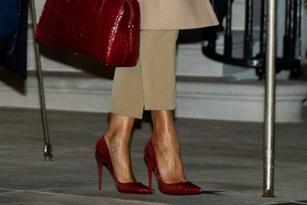 melania trump, melania, red heels, red purse, croc heels