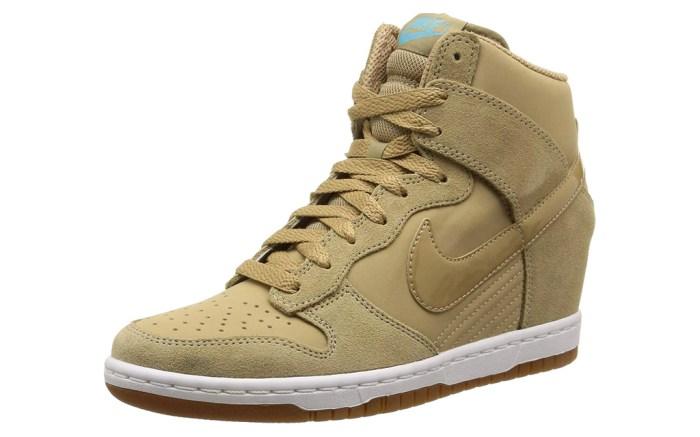 nike wedged sneakers