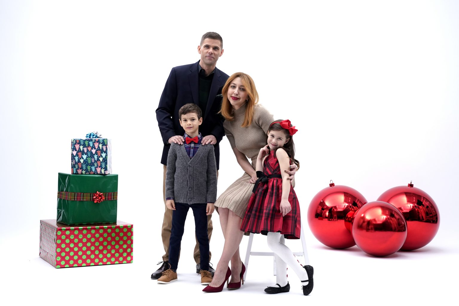 Macys 2020 Christmas Commericals SNL' Spoofs Macy's With Faux Holiday Ad Parents Will Find