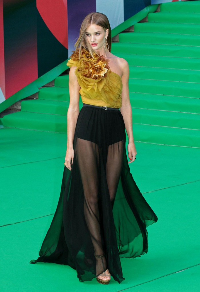 Rosie Huntington-Whiteley33rd Annual Moscow Film Festival, Opening Ceremony, Moscow, Russia - 24 Jun 2011SAME OUTFIT AS CATWALK MODEL 1288898ag