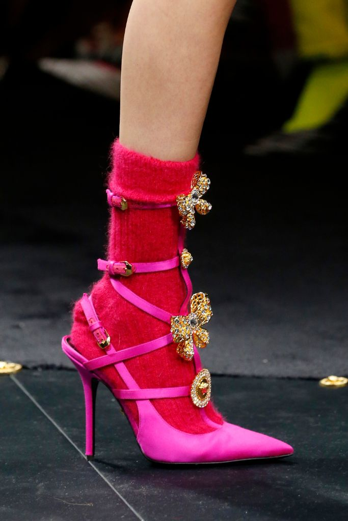 top, fashion, trends, 2019, hot, pink, versace, fall, 2019