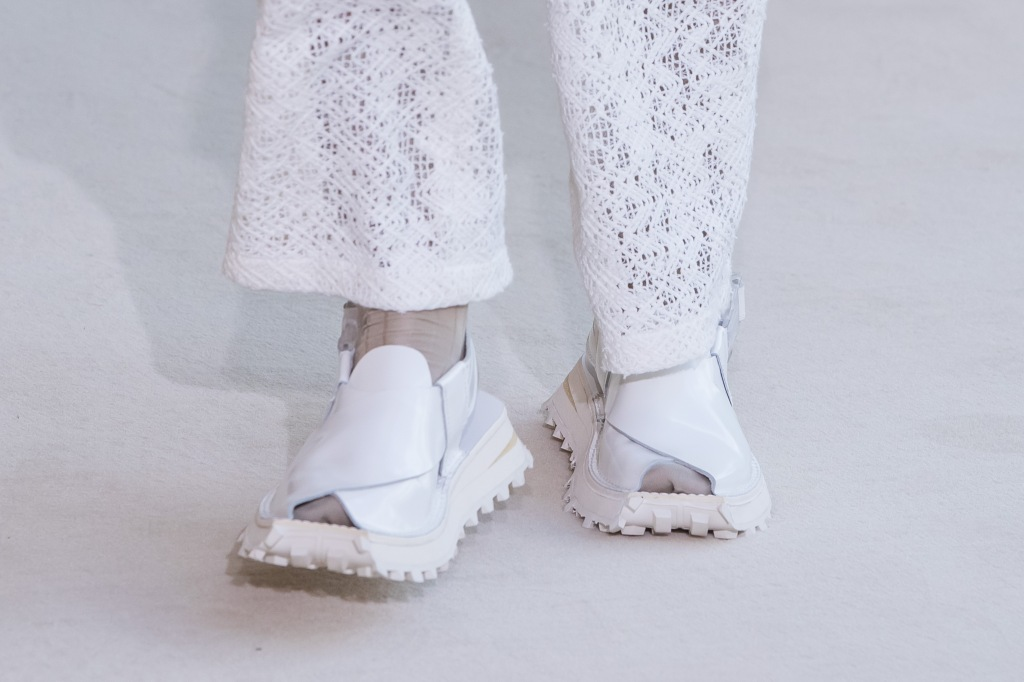 acne, spring, 2020, top, fashion, trends, 2019, ugly, sandal