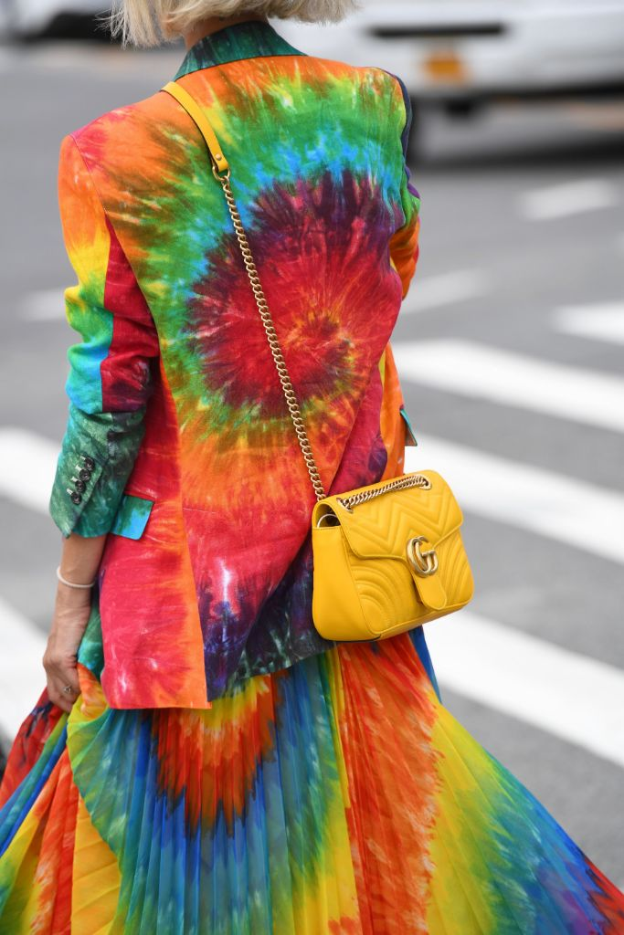 tie, dye, fashion, top, trends, 2019, street, style, nyfw