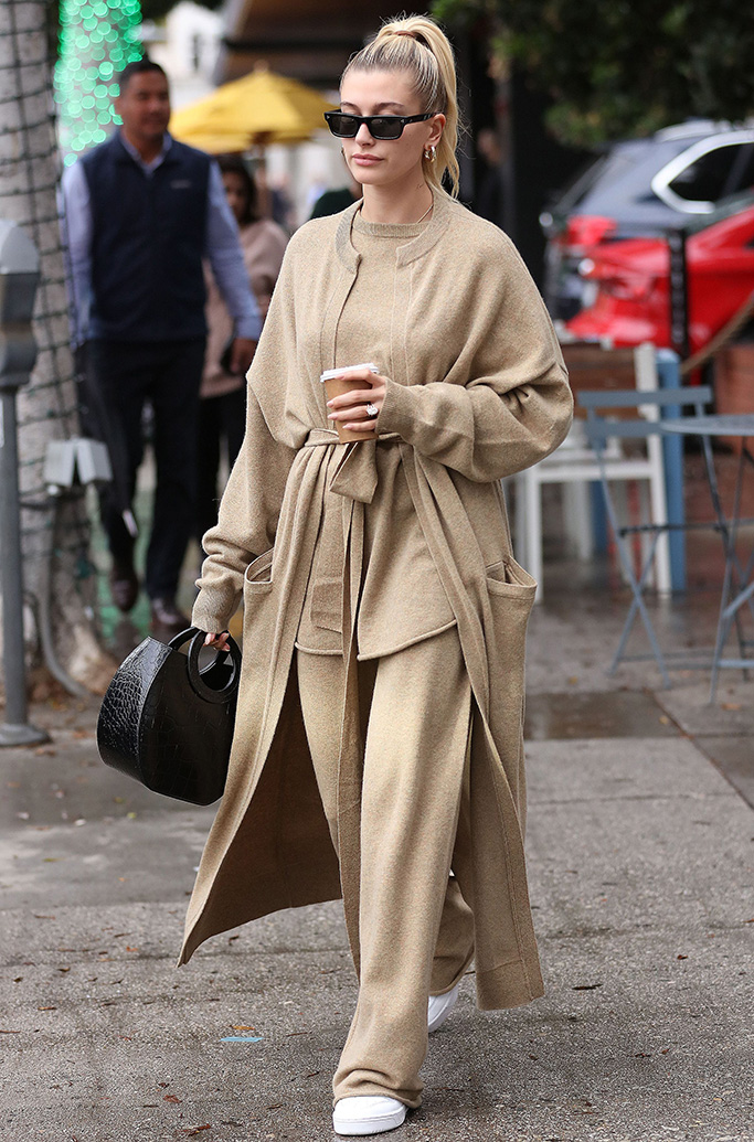 Hailey Bieber Hailey Bieber out and about in Beverly Hills, Los Angeles, USA - 06 Dec 2019
