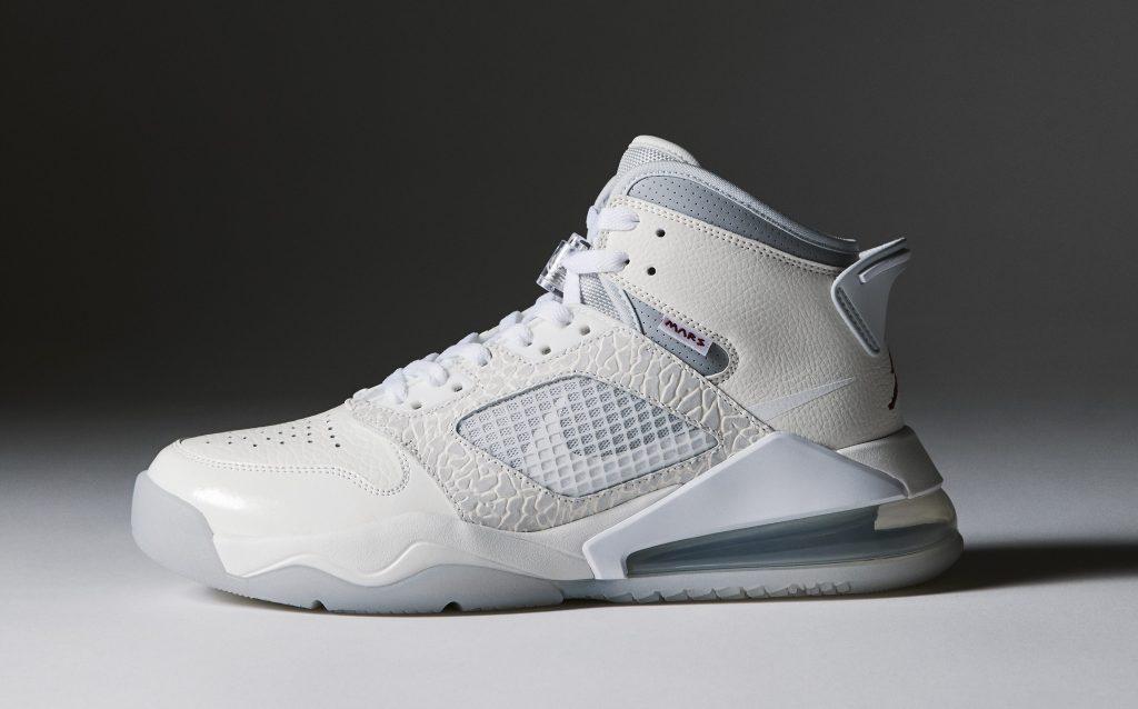 Sneakersnstuff x Jordan Mars 270