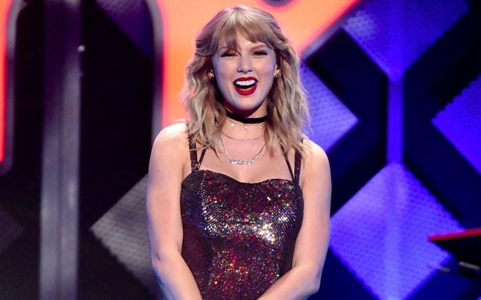 Taylor Swift, 2019 Jingle Ball NYC, matching dress and boots