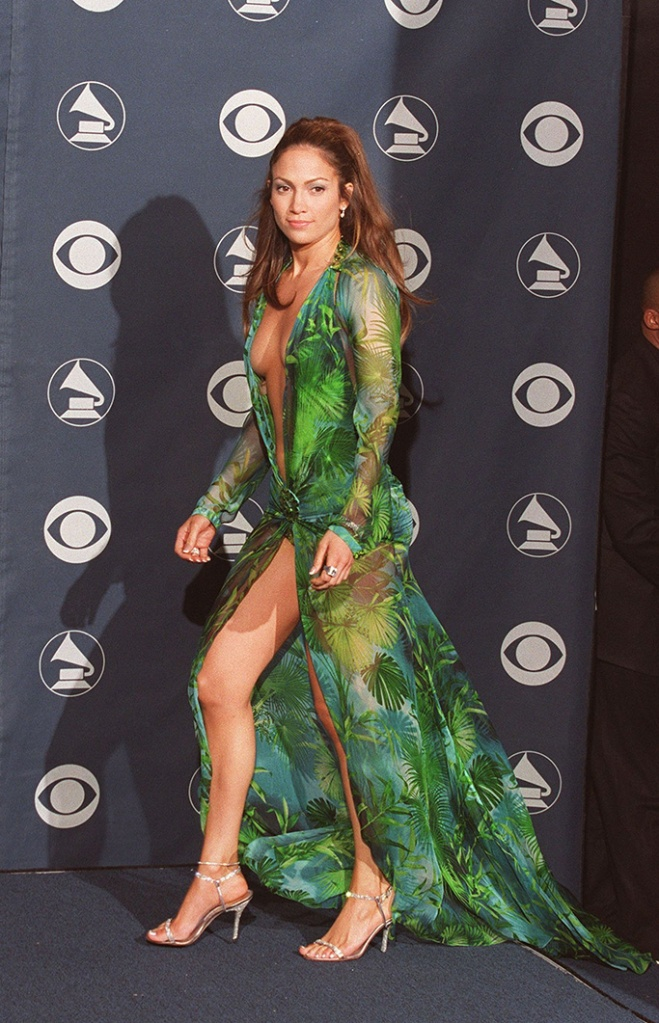Jennifer Lopez, 2000s Grammys, Versace Dress, Shoes and Fashion of the 2000s