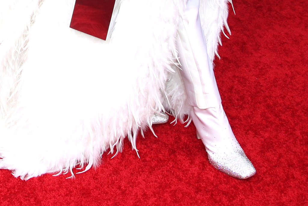 Billy Porter, red carpet, golden globes, jimmy choo, shoe detail, celebrity style, square toe