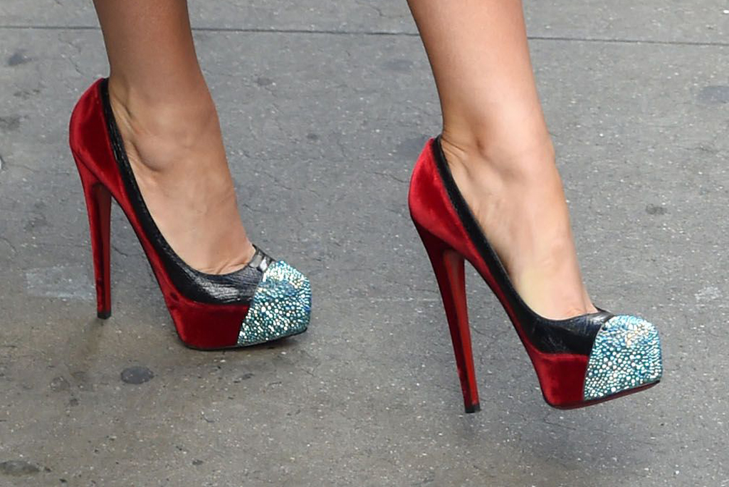 Blake Lively, christian louboutin, statement shoes, stilettos, sparkly toes, red velvet, ostrich leather, gma, nyc, january 2020