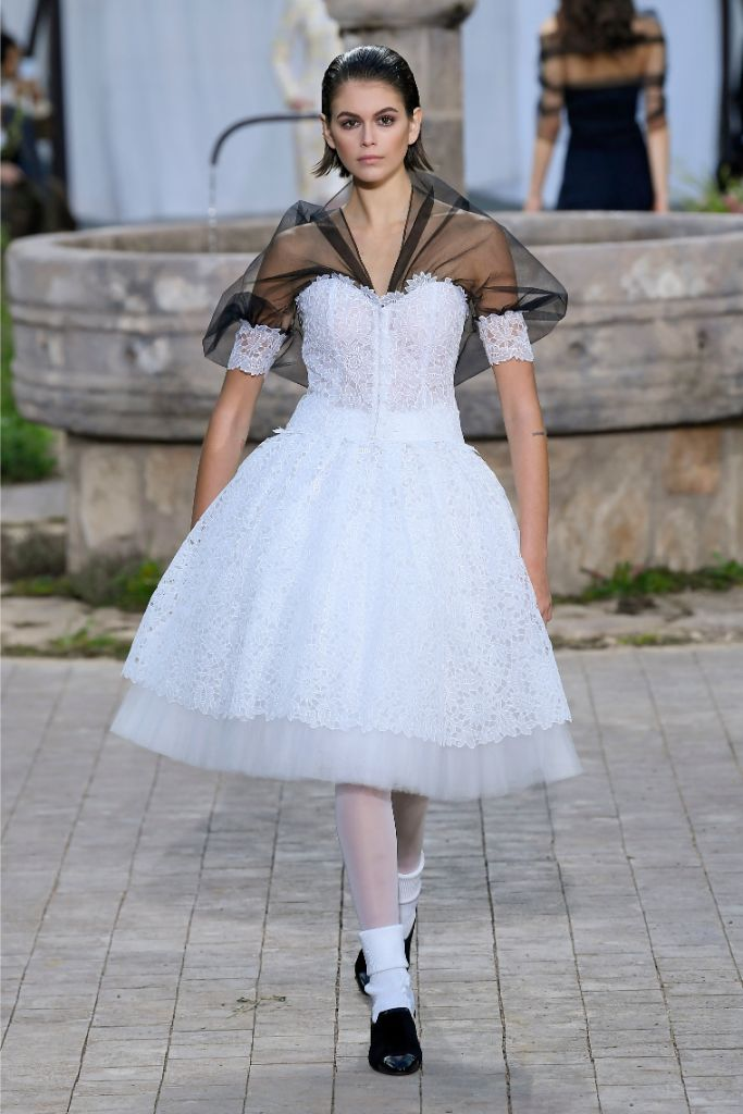 chanel, spring 2020, couture, paris haute couture week, kaia gerber