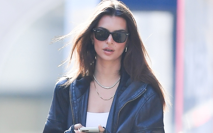emily-ratajkowski-new-york-leather-jacket-dog