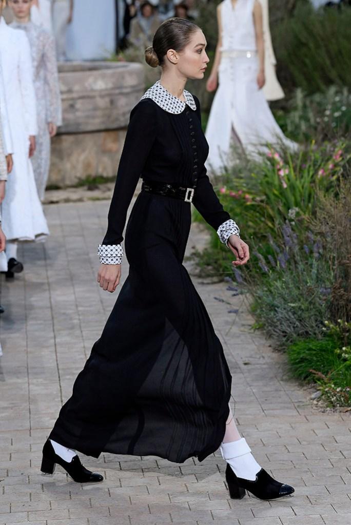 Gigi Hadid , runway, haute couture, pfw, chanel, spring 2020