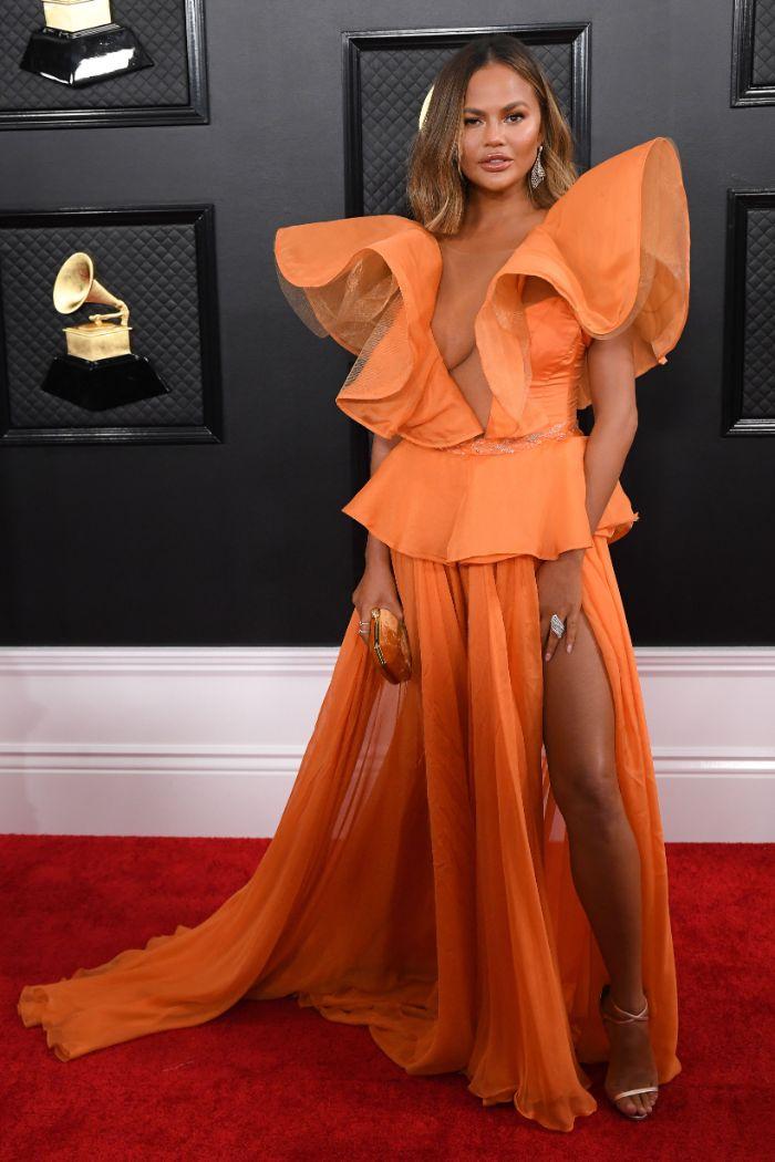 Chrissy Teigen, Yanina Couture, red carpe, 2020 Grammy Awards,
