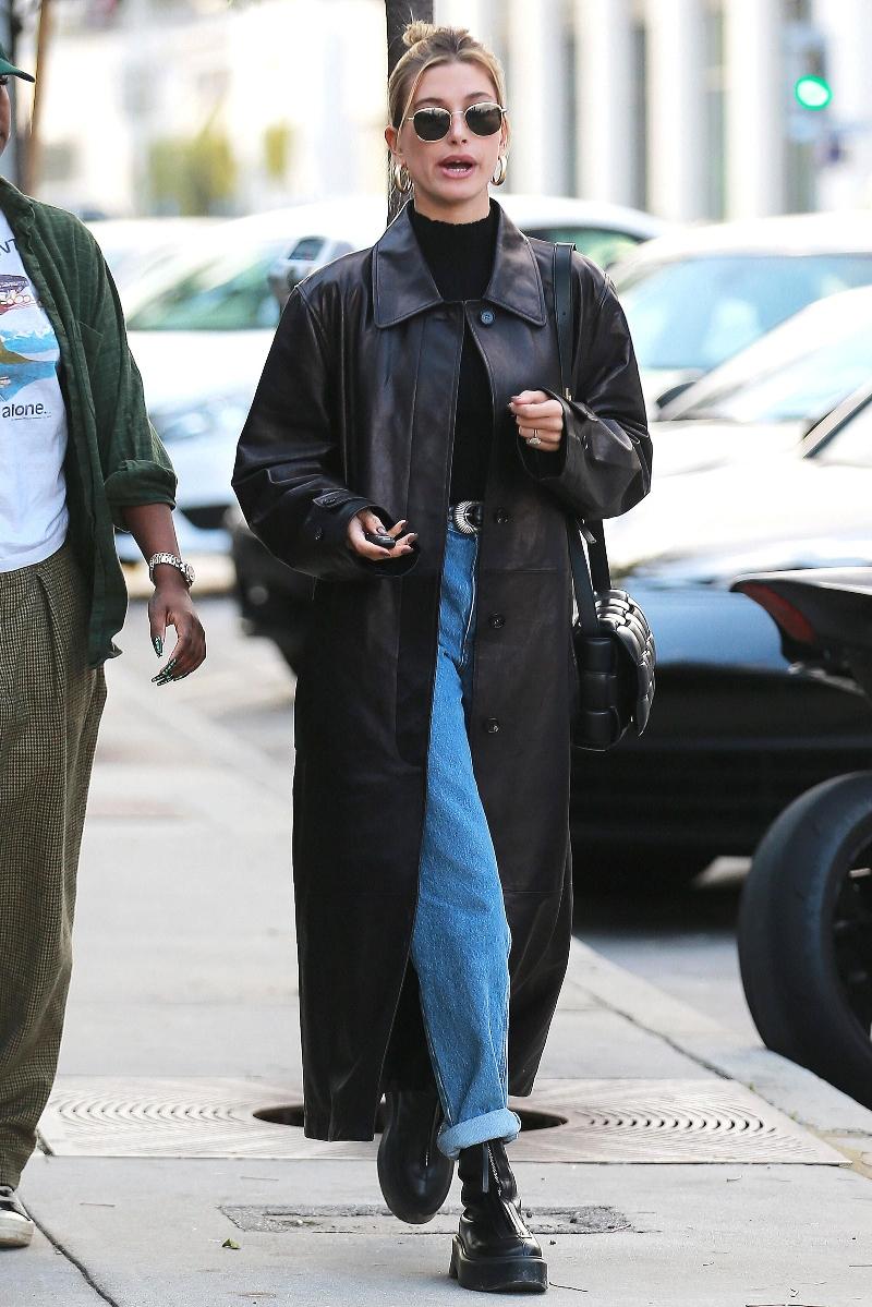 hailey baldwin, los angeles, boots, black, zipper